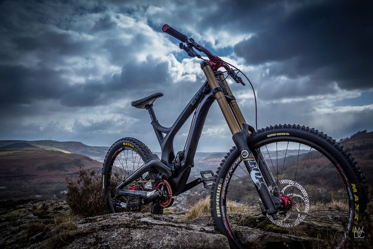 Evil Carbon - WDC Cuts - Mountain Biking Pictures - Vital MTB  Just WOW!