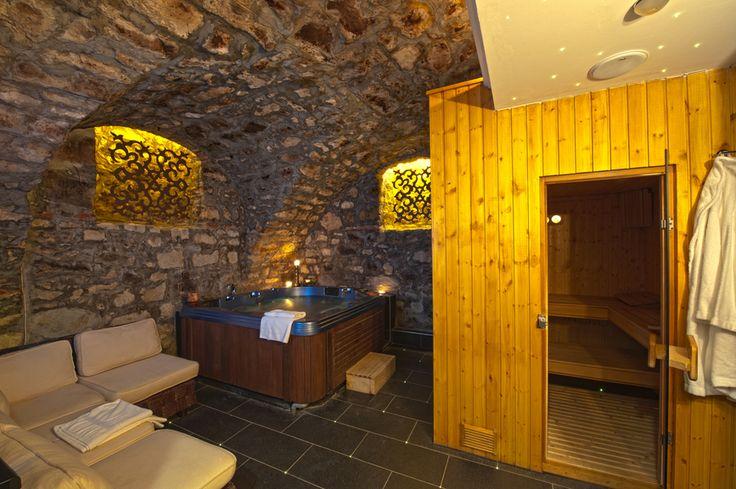 Basement with hot tub and sauna