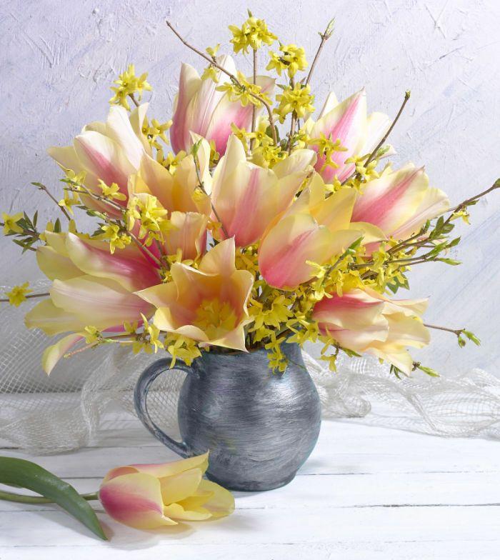 638 best tulipas images on pinterest beautiful flowers pretty marianna lokshina lmn37064flowers flowers vasebouquet flowersrose flowerspretty flowersflower arrangementsindoor mightylinksfo