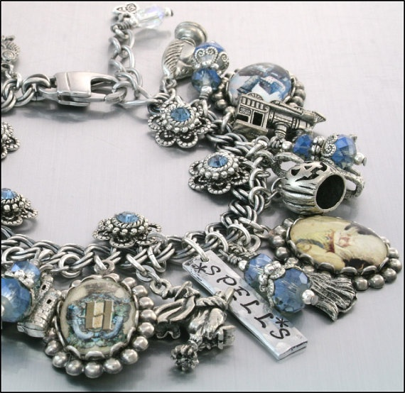 Harry Potter Charm Bracelet: Because I am a Harry Potter geek!  And proud of it! LOL!