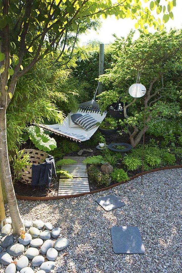 Ein Ort An Dem Sie Im Sommer Entspannen Konnen Dem Ein Entspannen Konnen Ort Sie Gart In 2020 Backyard Landscaping Designs Outdoor Gardens Backyard Landscaping