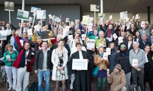 Dutch government ordered to cut carbon emissions in landmark ruling Dutch court orders state to reduce emissions by 25% within five years to protect its citizens from climate change in world's first climate liability suit