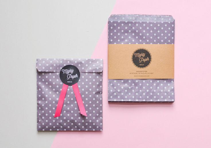 20 Geschenktüten Kraftpapiertüten Candy Bags Geschenktüten gepunktet Flachbeutel Beutel lila klein gepunktet V007 by MightyPaperShop on Etsy