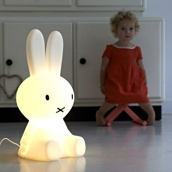 Lampe a poser miffy s blanc h50cm mr maria normal #enfant #luminaire #veilleuse #lighting #kids #lapin #rabbit