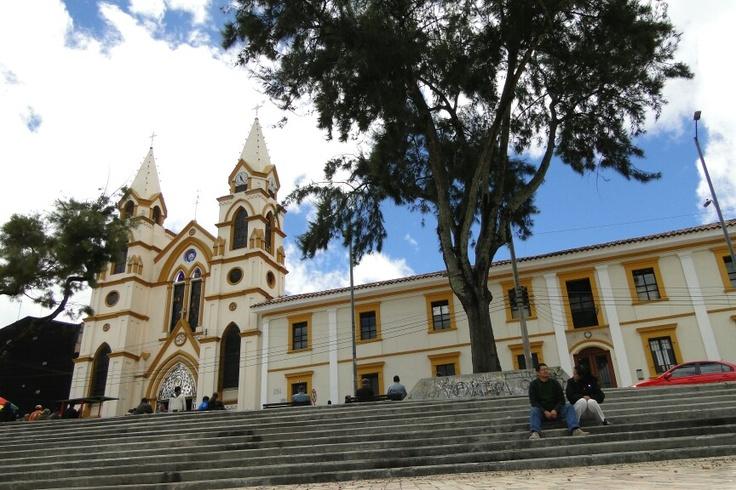 Iglesia Agustinos Recoletos -Bogotá - Suba