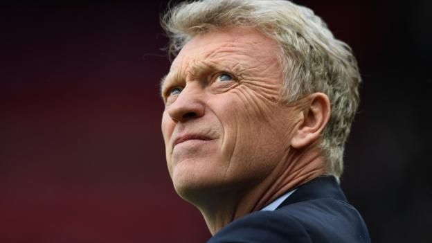 "Moyes 'deeply regrets' slap remark Former Sunderland manager David Moyes has been fined £30,000 by the FA after telling BBC reporter Vicki Sparks she might ""get a slap"" in March. Moyes' comments came following the Black Cats' home draw against Burnley in the..."