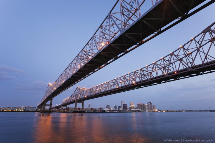 Cantilever bridges across a river, Crescent City Connection Bridge, Mississippi River, New Orleans, Louisiana, USA