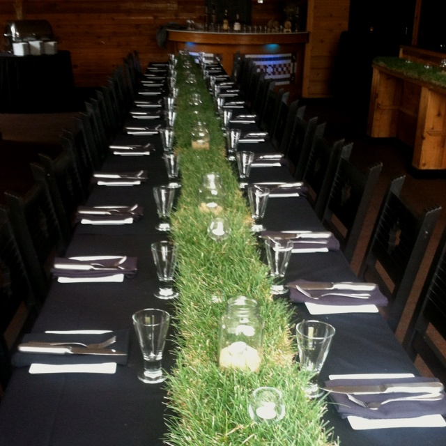 Rustic chic Kentucky derby themed whiskey dinner