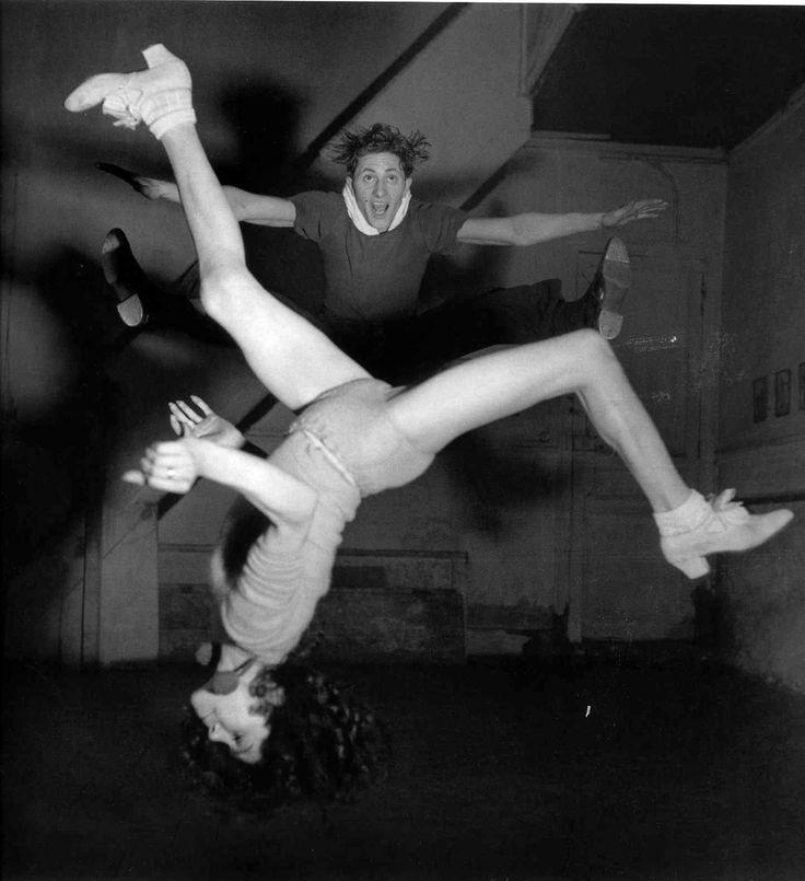 (c) Robert Doisneau -  flipping