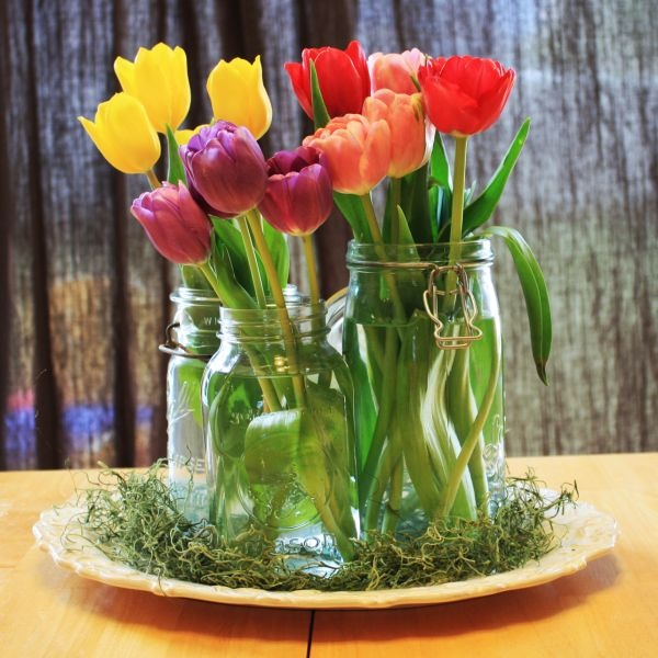 Tulip arrangement, sometimes it doesn't take much to create something lovely and inspiring.   What a pick me up to brighten up a table and the entire room.