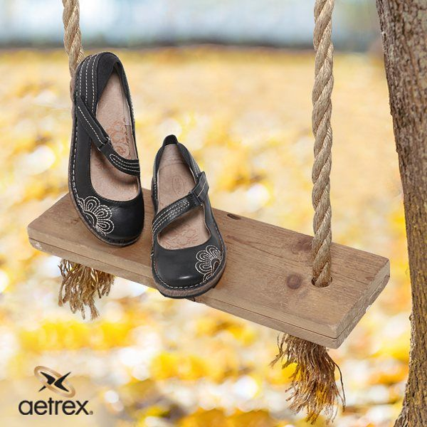 Kick up the leaves or kick up your heels for a relaxing with Aetrex's Talia