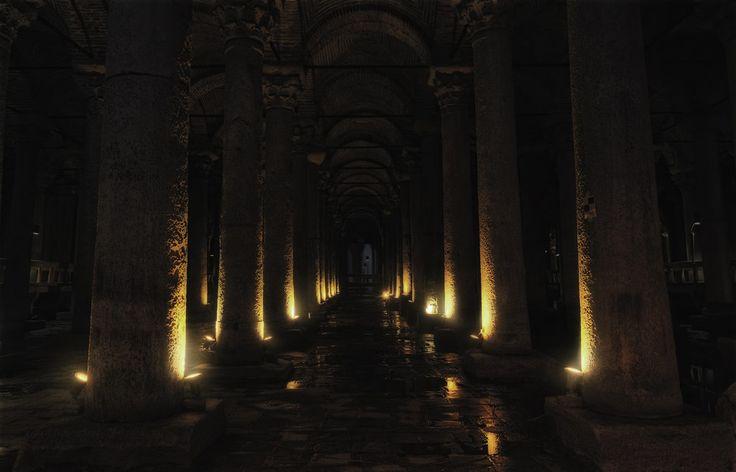 イスタンブル地下宮殿 / バシリカ・シスタン - GATAG フリー画像・写真素材集 4.0