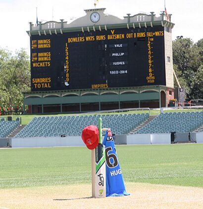 Adelaide Oval tribute to Hughes /