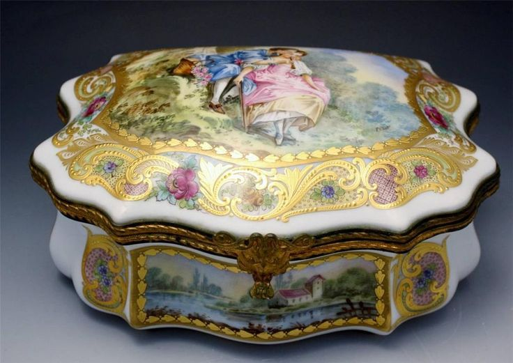 French Sevres Porcelain Hand Painted Box Signed Chateau de Fougeres No Reserve #Sevres
