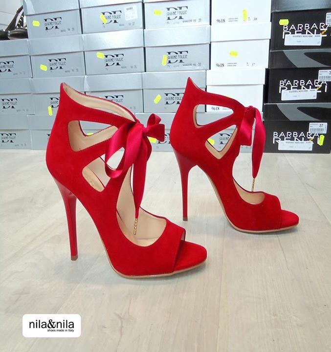 Non può mancare un sandalo rosso per quest'estate. ShoesZapatosShoes  OutletShoeFootwear