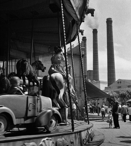 Carrusel del Paralelo (Carrousel of the Parallel) - 1950 Francesc Català-Roca