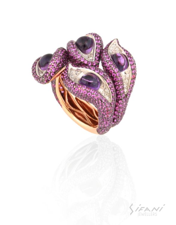 Ring with carbochon amethysts, violet sapphires and diamonds