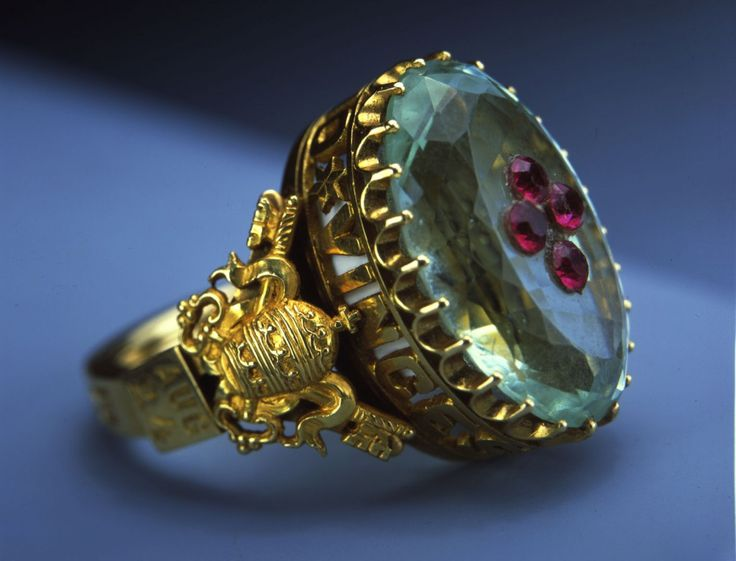 The ring belonging to Pope Pius IX is made of gold, aquamarine and red garnet. It is part of an exhibit of Vatican art treasures on tour in 2004 in the United States.