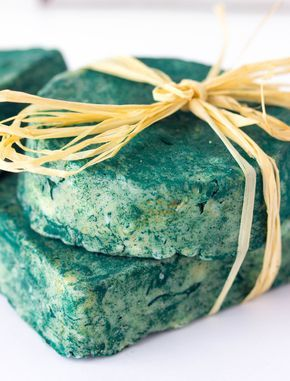 Only four simple ingredients need for this all natural antioxidant soap made with spirulina powder and essential oils; that will keep your skin nice and supple