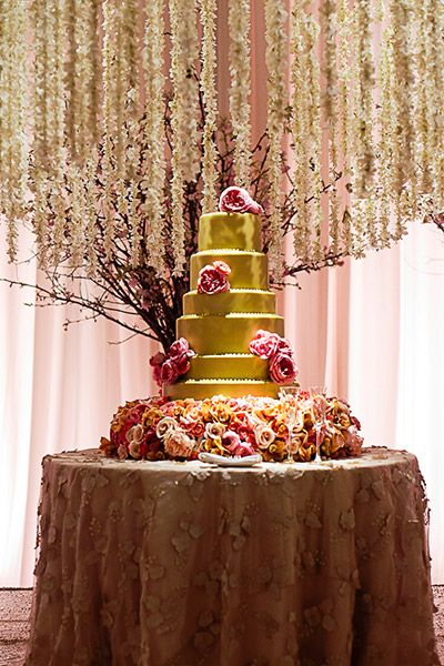 Star treatment with a special tablecloth and lovely garlands.  and Gold Cake.