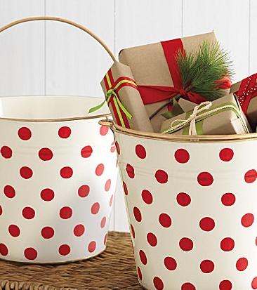 supercute polka-dot buckets