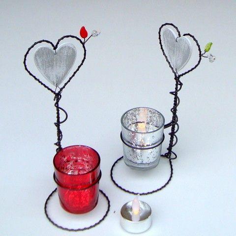 Svícen srdénkový červená srdce svícen svíčka srdíčko světlo vánoční stříbrná třpytivá drátovaný skleněný kalíšek teplo sváteční drátovaný svícen