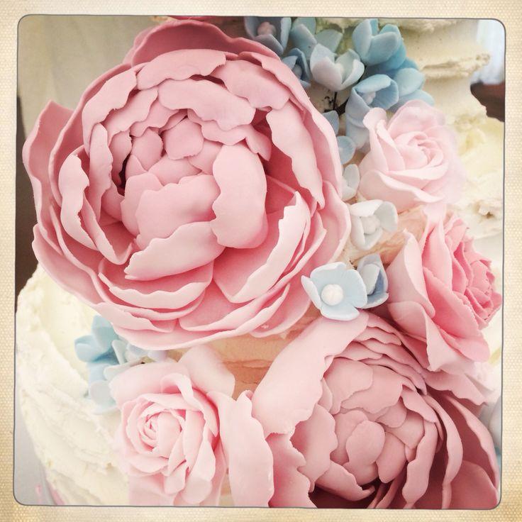Peony, rose & hydrangea, buttercream wedding cake