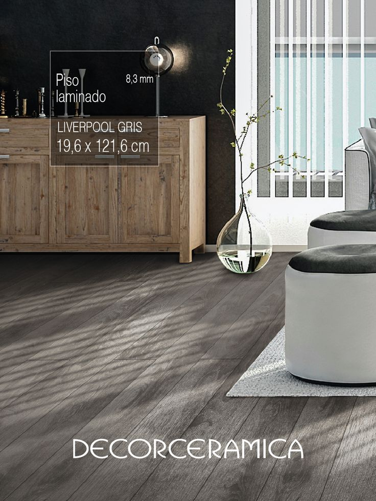 Conoce un #piso de madera perfecto para la sala de #tucasa. El secreto se encuentra en su diseño y resistencia.   #Piso #lamiando #pisomadera #salasmodernas #casasmodernas #remodealcion #interiorismmo #decorceramica