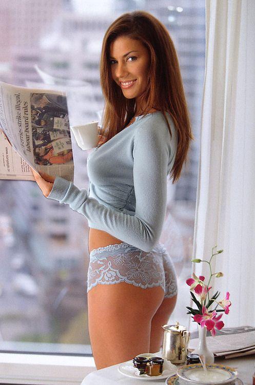 Pornstar fucked doing chores housework