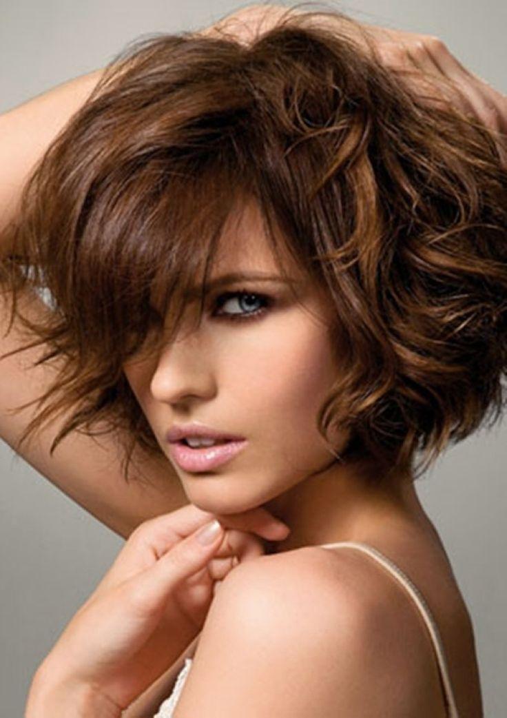 Короткие стрижки женские фото для густых волос