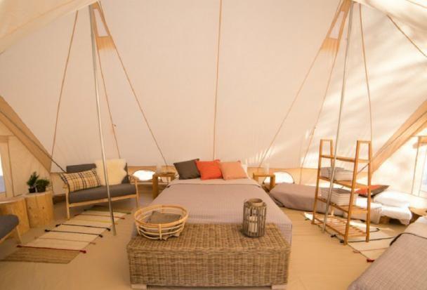 Ako sa dá spojiť komfort a ubytovanie v stane? Glampingom | Aktuality | TRENDreštaurácie.sk - reštaurácie, hotely, víno, Delikatesy