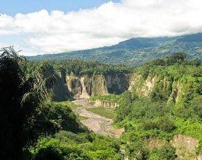 Ngarai Sianok, Bukittinggi - Sumatera Barat - Wisata Alam