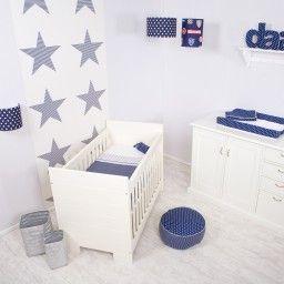 Little Dutch babykamer Blauw met witte sterren