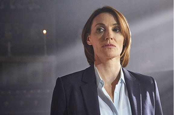 Sarah Parish as DCI Elizabeth Bancroft in ITVs #Bancroft - Best crime drama I've watched since BBCs Line of Duty and ITVs Broadchurch