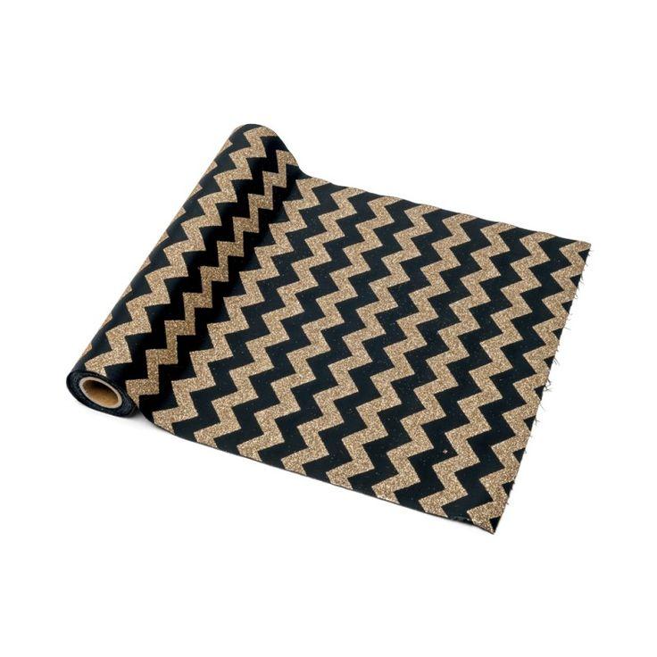 chemin de table motifs chevrons noir et or no l. Black Bedroom Furniture Sets. Home Design Ideas