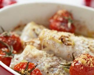 Gigot de lotte minceur au four et tomates cerise au safran : http://www.fourchette-et-bikini.fr/recettes/recettes-minceur/gigot-de-lotte-minceur-au-four-et-tomates-cerise-au-safran.html
