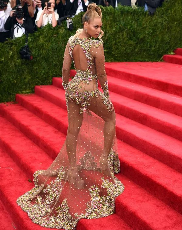 Beyoncé - Met Gala // Pinterest:oliamanda