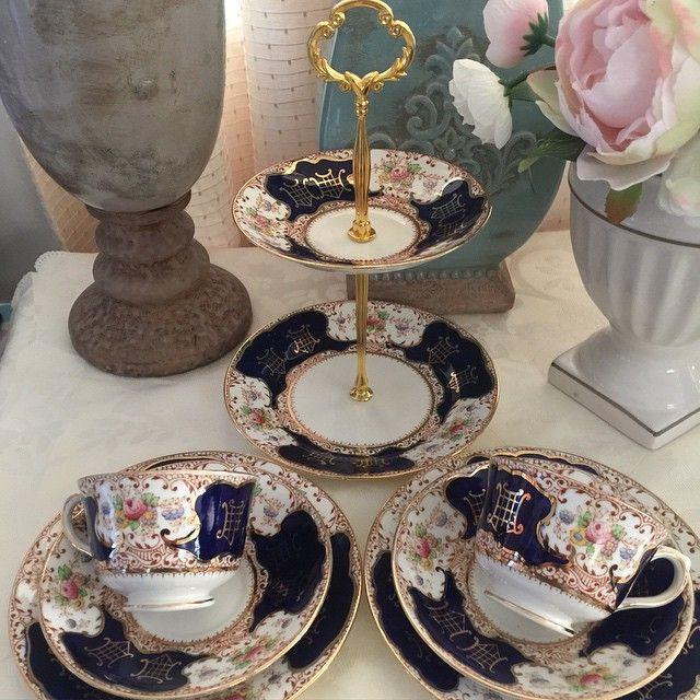 Taylor & Kent cobalt blue tea set for two. Includes tier cake stand and 2 trios. Excellent condition - P5500 #shabbychicphl #taylorandkent #bonechina #teacup #teafortwo #madeinengland #shabbychicphilippines  http://www.shabbychicphl.com/product/taylor-kent-cobalt-blue-tea-for-two/