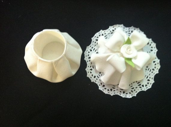 Quinceañera Favor Box / 6 Cold Porcelain Favor Box / Wedding Favor Box/ Baby shower Favor Boxes/ Favors Boxes/ Cold Porcelain  / Candy Boxes