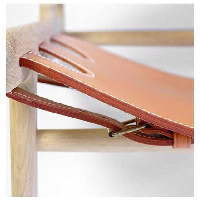 fredericiafurnitureEvery detail counts in the manufacture of the sculptural Hunting Chair. Design: Børge Mogensen, 1950. #fredericiafurniture #amodernoriginal #designcraft #danishdesign #danskdesign #madeindenmark #thehuntingchair #jagtstolen #chair #stol #borgemogensen #børgemogensen