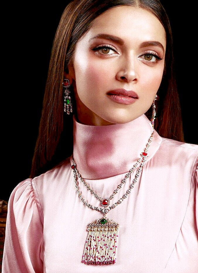 Deepika Padukone for Tanishq Jewels of Royalty Collections.