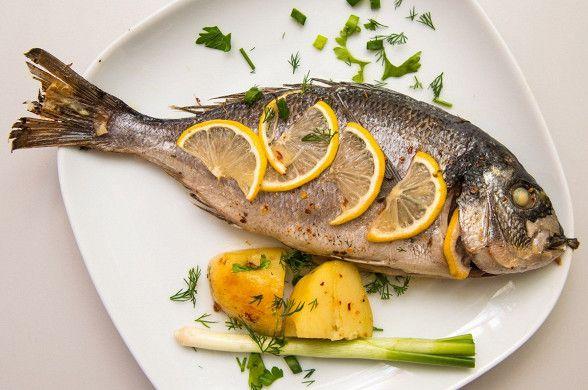 Дорада с лимоном рецепт – средиземноморская кухня: основные блюда. «Афиша-Еда»