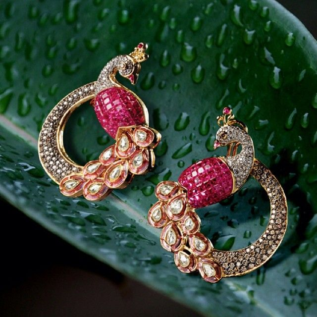Go light and bright with these peacock ruby earrings this monsoon ! #jaipur #monsoon #earrings #ruby #pink #instagood #photooftheday #nature #aranya #jewellerybytes #jewellery #diamonds #polki #peacock #polki #rains #rajasthan #india