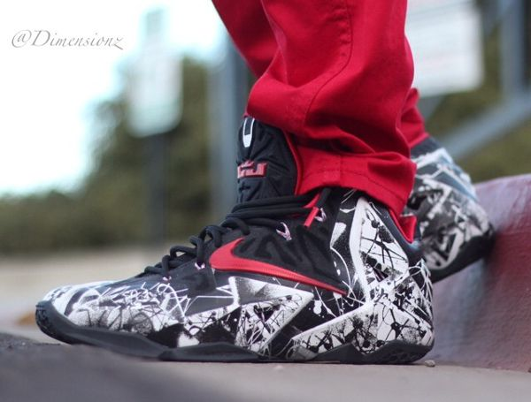 "3cc5c8279c0e6 ... Lebron 11 ""Christmas"" with Red Gold Rope Lace Swap www.laceduplaces.com Nike  LeBron 11 Graffiti ..."