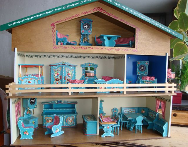 Dora Kuhn - Doll house (Rustic or Bavarian style)