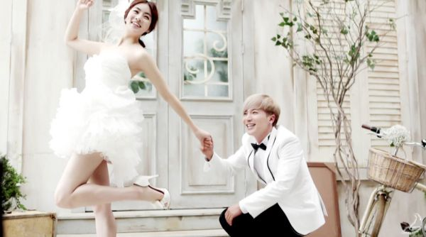 Lee Teuk & Kang Sora (Dimple couple)