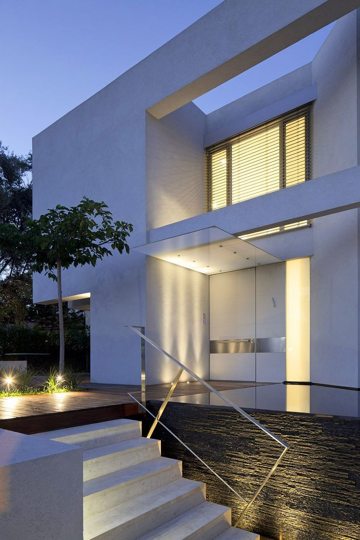 Family Heaven Within Contemporary Walls: DG House by DOMB Architects