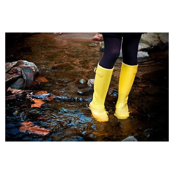 yellow rain boots ❤ liked on Polyvore featuring shoes, boots, yellow rubber boots, yellow rain boots, yellow wellington boots, rubber boots and wellington boots