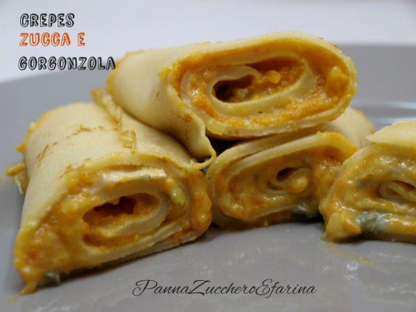 Le crepes con zucca e gorgonzola sono un piatto unico o se tagliato a rondelle un ottimo antipasto. Il gusto è deciso grazie al gorgonzola che smorza la dolcezza della zucca.