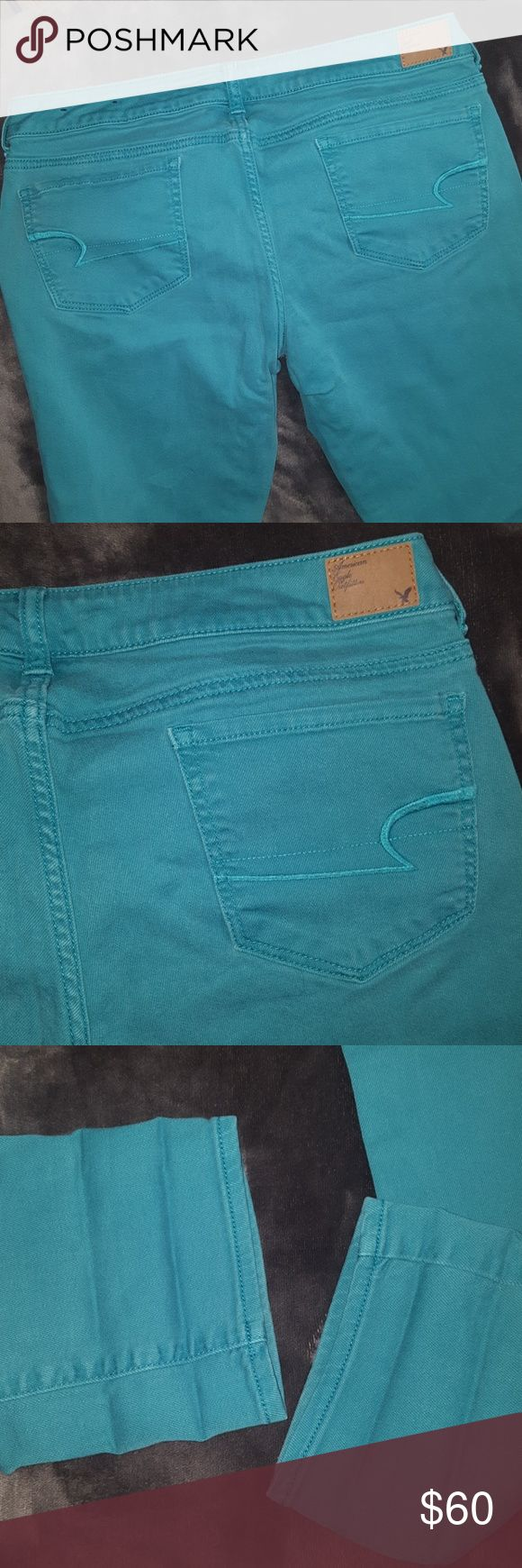 Torquise SKINNY STRETCH JEANS American Eagle NEW Torquise SKINNY STRETCH JEANS American Eagle NEW without Tags ~ Size 14 regular ~ 98% Cotton 2% spandex. GORGEOUS COLOR and perfect for casual or dressy wear. LIMITED TIME COLOR AT ONLY SELECT AE LOCATIONS. I ship daily RISE: 8.5 INCHES inseam: 31 inches American Eagle Outfitters Jeans Skinny